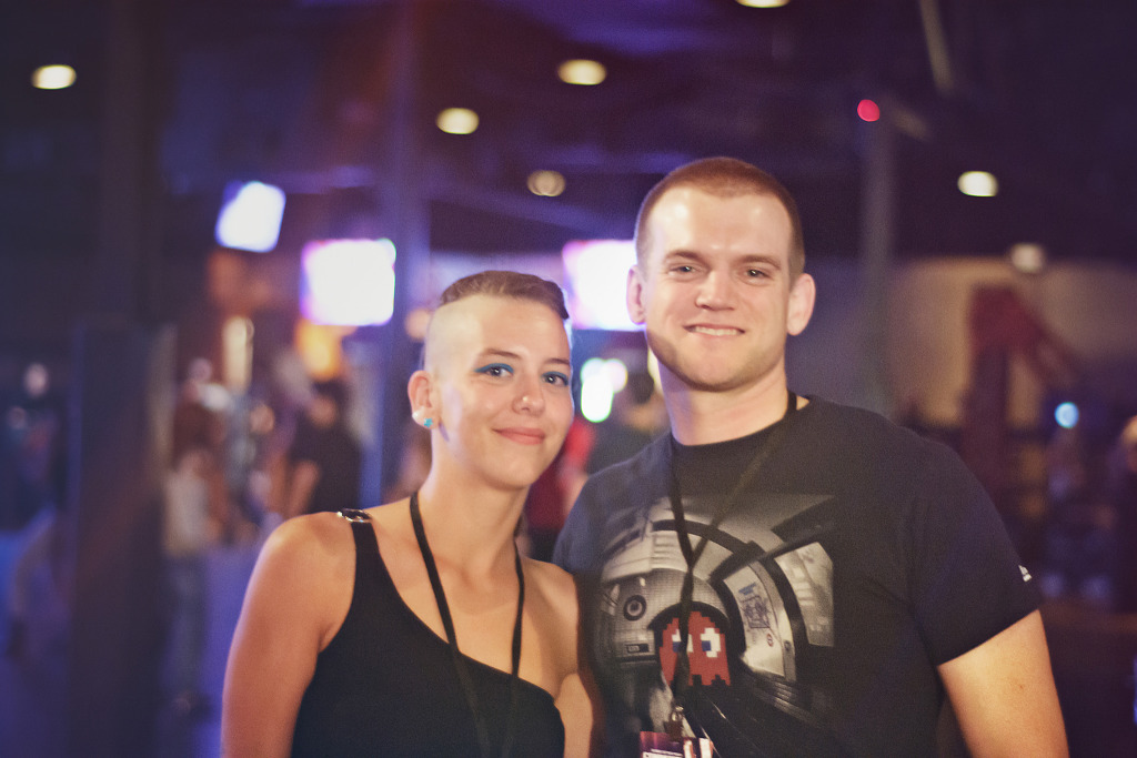 couple-after-party-gearbox-community-day-2013-dallas-130914-p